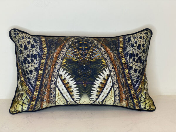 Camilla silk pillow